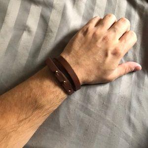 Men's Adjustable leather wrap braclet
